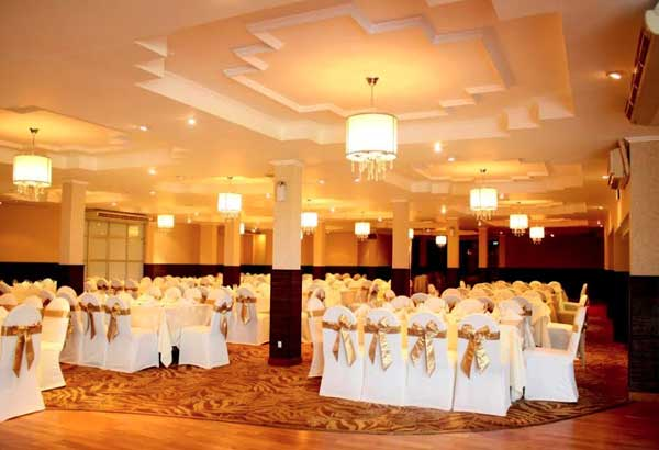 Banquet Hall Lighting in Rathnapura